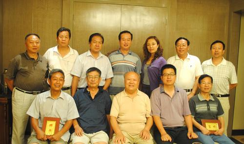 8月10日,西安数字技术学院院长蔡建林,常务副院长范光洲,副院长惠清