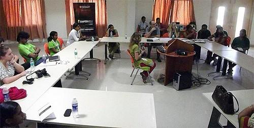 西交利物浦大学建筑系教师参加亚洲计算机辅助建筑设计研高清图片