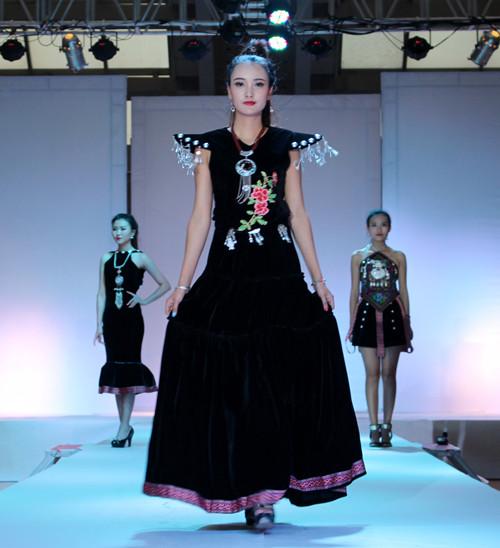 陕西国际商贸学院2015届服装专业毕业设计作品大赛