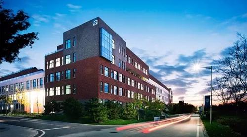 西安欧亚学院再获 品牌影响力民办高校 称号