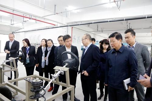 西安汽车科技职业学院与广汇汽车校企合作项目成功签约